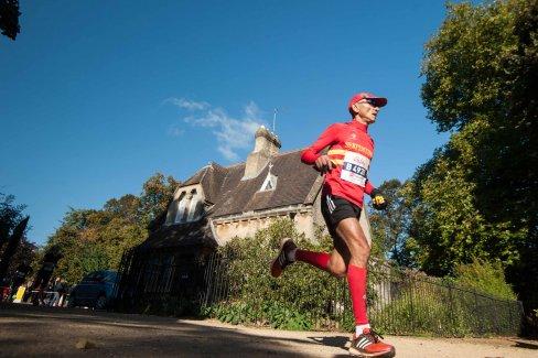 Man running at the Oxford Half marathon.