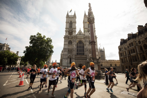 Runners at the British 10k in front of Westminster Abbey